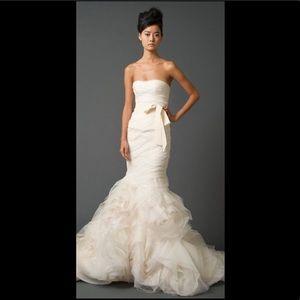 Vera Wang GEMMA Wedding Dress Size 10
